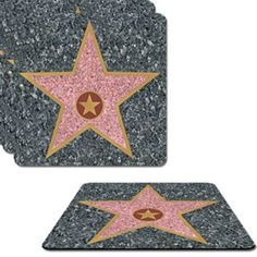 Lot de 8 sous-verres étoiles d'Hollywood pour un mariage, baptême ou anniversaire sur le thème du cinéma : http://www.instemporel.com/s/4229_70057_cadeau-invite-sous-verre-cinema