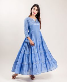Best 12 Cause a chic scene by choosing this magnificent indo western tiered dress in blue for you next outing. Indian Designer Outfits, Designer Dresses, Indian Dresses, Indian Outfits, Western Dresses For Women, Kurta Designs Women, Blouse Designs, Party Kleidung, Kurti Designs Party Wear
