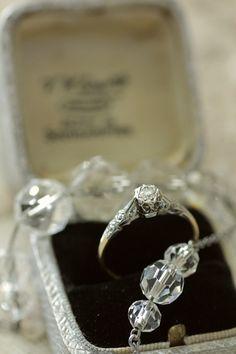 アンティークダイヤモンドリング ソリテールリング ゴールド プラチナ イギリス