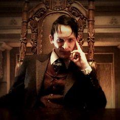 """You sit on a throne of lies. Can't wait for it! Oswald Cobblepot - The Penguin - Robin Lord Taylor Gotham Show, Gotham Tv, Gotham Girls, Gotham Season 2, Anthony Carrigan, Batman Show, Riddler Gotham, Sean Pertwee, Robin"