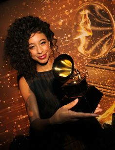 Corinne Bailey Rae | Famous Natural Hair