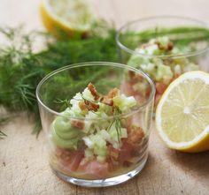 Tartar av Salmalax med gurka, fänkål och dillmajonnäs