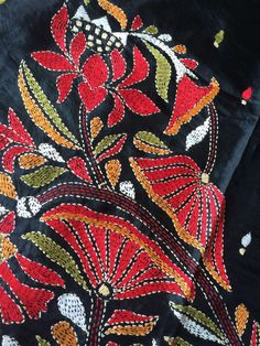 Beaded Embroidery Patterns Stitching In The Pursuit Of Happiness Ny City Tambour Embroidery Class. Bead Embroidery Tutorial, Tambour Embroidery, Bead Embroidery Patterns, Hand Embroidery Stitches, Embroidery Kits, Cross Stitch Embroidery, Embroidery Saree, Indian Embroidery Designs, Bordado Floral