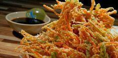 Um dos meus pratos orientais favorito é o tempurá. Perfeito para petiscar com amigos, acompanhado de uma cerveja gelada. É fácil de prepa...