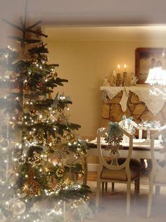 Notes from A Cottage Industry: Welcome to the 2007 Virtual Holiday Home Tour