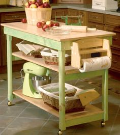 Kitchen work table plans Kitchen work table plans You don t have to settle for a boring standard kitchen island even if you re using stock cabinets in your kitchen custom kitc Easy Home Decor, Home Decor Kitchen, Home Kitchens, Kitchen Design, Kitchen Ideas, Casa Hipster, Kitchen Work Tables, Muebles Shabby Chic, Kitchen Island Cart
