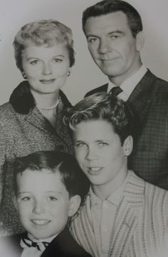 """barbara billingsley, hugh beaumont, jerry mathers, tony dow (""""leave it to beaver"""")"""