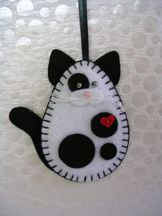 Black White Cat Ornament And By Msmuriel On Etsy Felt Ornaments Patterns