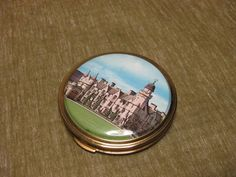 Souvenir  brass with picture lid powder compact unused