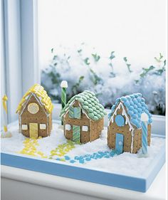 Little Inspirations: Grahm Cracker Gingerbread Houses