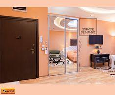 Para um quarto com bastante personalidade, aplicar a cor Sorvete de Mamão em todas as paredes é uma boa opção. O teto branco favorece a iluminação. Na #PaletaSuvinil: #SorvetedeMamão