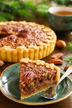American classic cake with pecans and maple syrup.ПИРОГ С ОРЕХАМИ ПЕКАН. Köstliche Desserts, Delicious Desserts, Dessert Recipes, Pie Recipes, Sweet Recipes, Cookie Recipes, Food Porn, Sweet Pie, Pie Dessert
