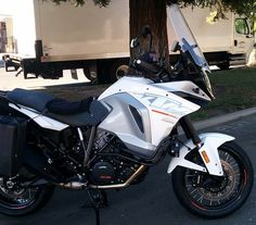Scientifically designed windshields for motorcycles. Our properly shaped windshields reduce turbulence, buffeting and noise while riding. Ktm Motorcycles, Super Adventure, Biking, Motorbikes, Bicycling, Motorcycles, Cycling