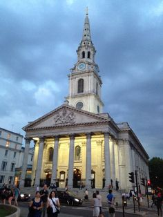 St Martin in the Fields in London  Other Must-Dos [1000 Places To See Before You Die]
