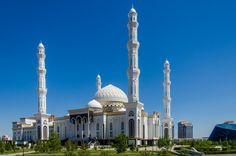 Hazret sultan mosque Premium Photo   Free Photo #Freepik #photo #freetravel #freecity #freesummer #freebuilding