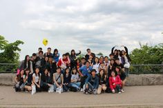 Singapore university students had a great Niagara Falls private tour with BG Tours.