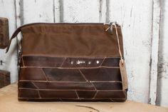 Kulturtasche aus Leder und gewachster Baumwolle