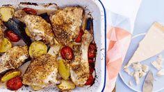 Madplan for uge 29: Ugens mandagsopskrift er ovnkylling med tomat, squash og kartofler. Få opskriften her