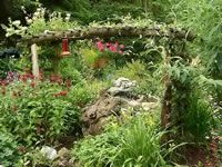Turning The Failures Into Fun New Projects In The Garden | Garden Helpers |  Pinterest