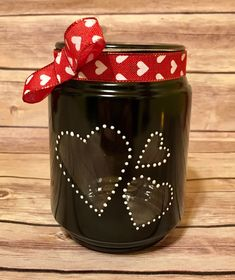 Classic love heart jar tealight holder black and white jar Baby Food Jar Crafts, Baby Food Jars, Mason Jar Gifts, Mason Jar Diy, Valentines Day Decorations, Valentine Day Crafts, Glass Bottle Crafts, Crafts With Glass Jars, Mason Jar Projects