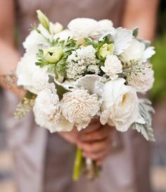 Wedding Bouquets super simple off white and green