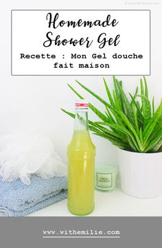 My Homemade Shower Gel Easy recipe With Emilie Simple and Natural Lifestyle Homemade Shower Gel, Diy Makeup Foundation, Gel Douche Bio, Natural Lifestyle, Cleaners Homemade, Liquid Soap, Natural Cosmetics, Diy Beauty, Beauty Tips