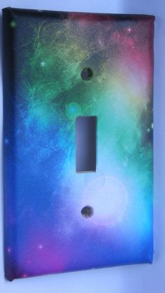 I like the colors on this switch plate.