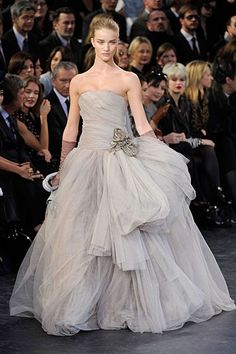 GOWN - Rosie Huntington-Whiteley walks the runway for Marc Jacob's Fall 2012 Louis Vuitton collection Cheap Prom Dresses Uk, Party Dresses Uk, Nice Dresses, Formal Dresses, Dresses 2013, Dress Party, Evening Dresses, Rosie Huntington Whiteley, Wedding Dress 2013