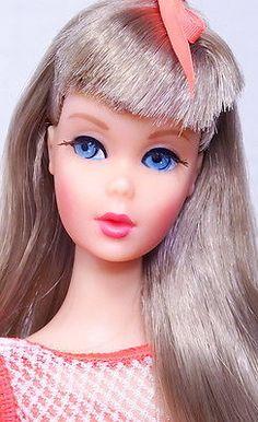 Amazing-Vintage-Mod-Silver-Twist-N-Turn-Barbie-Doll-MINT-1-DAY