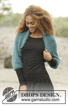 Irish Eyes / DROPS Extra 0-1352 - Knitted shoulder piece in DROPS Melody with cables, worked sideways. Size: S - XXXL.