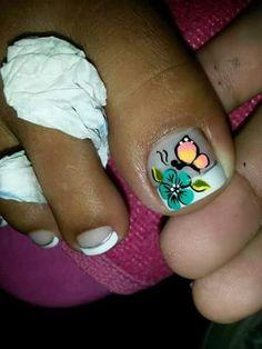 Cute Pedicures, Pedicure Nails, Toe Nail Art, Toe Nails, Toe Polish, Toe Nail Designs, Color Street, Triangles, Strong Nails