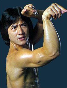 "Jackie Chan-""The King of Martial Art World"" Biography and Wallpapers Kung Fu Martial Arts, Chinese Martial Arts, Martial Arts Movies, Martial Artists, Jackie Chan Movies, Timor Oriental, Kung Fu Movies, Shaolin Kung Fu, Shuriken"