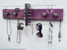 Schmuckaufbewahrung_Schmuckmöbel_jewelryholder_Schmetterling_lilagrau Jewelry Holder, Purple Grey