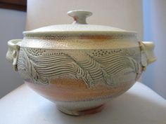 *Lidded Bowl by Jim & Jean Tyler - This is so absolutely gorgeous.