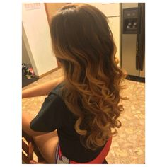 Refreshed ombré w/highlights. #layers #highlights #goldblonde