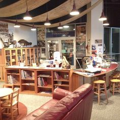 Paleontology Lab - I want this! Science Museum, Fossils, Minnesota, Lab, Period, Hunting, Magazine, Inspired, Room