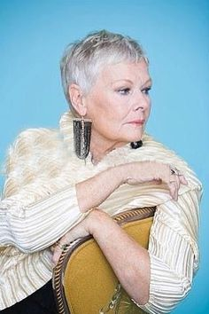 Short Grey Hair, Short Hair Cuts, Short Hair Styles, British Actresses, British Actors, Short Sassy Haircuts, Judi Dench, Short Pixie, Aging Gracefully