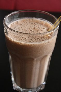 Healthy Snicker's shake