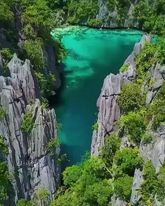 Coron Palawan: The most beautiful island in the wo With a population of 51803 people Coron Island located in the north of the Palawan Province Philippines is considered one of the most beautiful islands in the world. READ MORE (video via Pinoy Tourism) Beautiful Places In The World, Beautiful Places To Visit, Cool Places To Visit, Places To Go, Best Places To Travel, Vacation Places, Italy Vacation, Amazing Places, Phuket