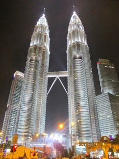 Apen matkat: Kuala Lumpur Sepang, Burj Khalifa, Kuala Lumpur, Opera House, Building, Travel, Viajes, Buildings, Trips