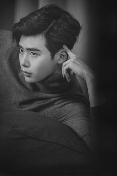 Lee Jong Seok Considers MBC Drama W and is Featured in February Edition of High Cut Magazine | A Koala's Playground