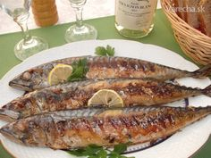 Makrely pečené na grile Croatian Recipes, Fish And Seafood, Bon Appetit, Sausage, Pork, Chicken, Meat, Cooking, Ale