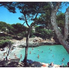 Cala d'Or - Majorque/// my parents are here right now and my mother keeps sending me pictures. No fair. Places Around The World, Oh The Places You'll Go, Travel Around The World, Places To Travel, Places To Visit, Around The Worlds, Beautiful Islands, Beautiful Places, Barcelona