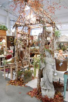Love this rustic arbor ! I wonder if I could make one that would stand :).