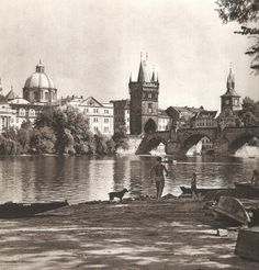 "Best pieces from Karel Plicka's ""We live in Prague"" vol 3 Vintage Pictures, Old Pictures, Old Photos, Heart Of Europe, Old Photography, World Cities, Interesting Faces, Photomontage, Eastern Europe"