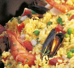 Try something different on your AGA heat-storage cooker with our recipe ideas - Paella. View our AGA recipes & cook with your AGA cooker today. Aga Recipes, Cooking Recipes, Aga Cooker, Chorizo Sausage, Spanish Dishes, Paella, Food For Thought, Bobs, Chef Recipes