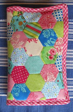 Hexagon art case