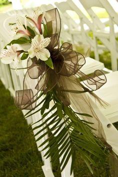 #bridesmaids #bridalparty #affordable #wedding #weddingflowers #flowers #florist #georgiaflorist #flowers #bride #georgia #freeconsultation #itsyourparty