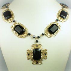 Catherine of Aragon Onyx Cross Tudor Necklace Royal Crown Jewels, Royal Crowns, Royal Jewelry, Tiaras And Crowns, Los Tudor, Tudor Era, Antique Jewelry, Vintage Jewelry, Renaissance Jewelry
