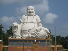 http://phongthuyvadoisong.com/  http://phongthuyvadoisong.com/13205/San-Pham/cac-mau-mat-phat-di-lac-deo-co.htm